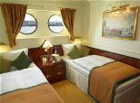 Royal Crown aft deluxe cabin